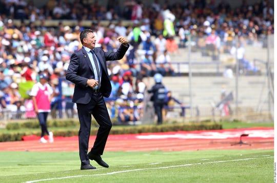 Robert Dante Siboldi, entrenador de Cruz Azul.
