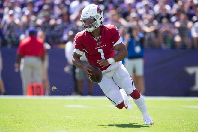 Sept. 15, 2019: Arizona Cardinals quarterback Kyler Murray (1) scrambles during the first quarter against the Baltimore Ravens at M&T Bank Stadium.