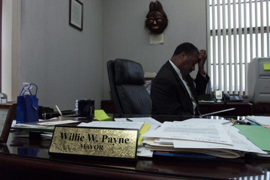 Pontiac Mayor Willie Payne reviews his speech in his office Monday hours before his April 8, 2002 State of the City Address.