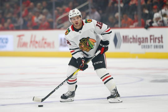 Blackhawks left wing Alex DeBrincat