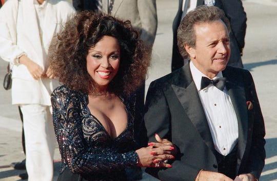 Singers Vic Damone and Diahann Carroll at the Emmy awards in Los Angeles in 1986.