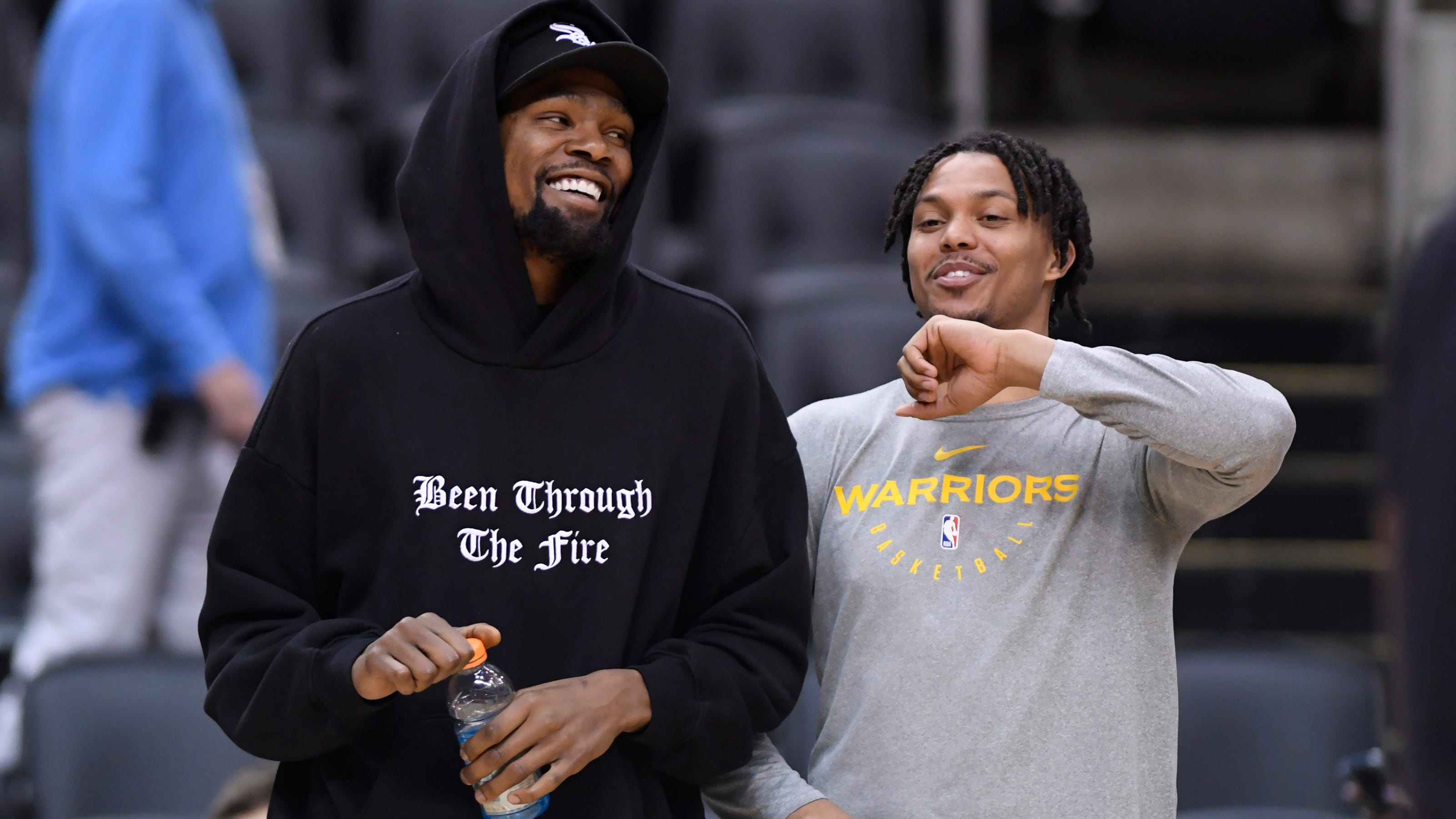 Warriors Damion Lee Stops Questions About Being Steph Curry S In Law