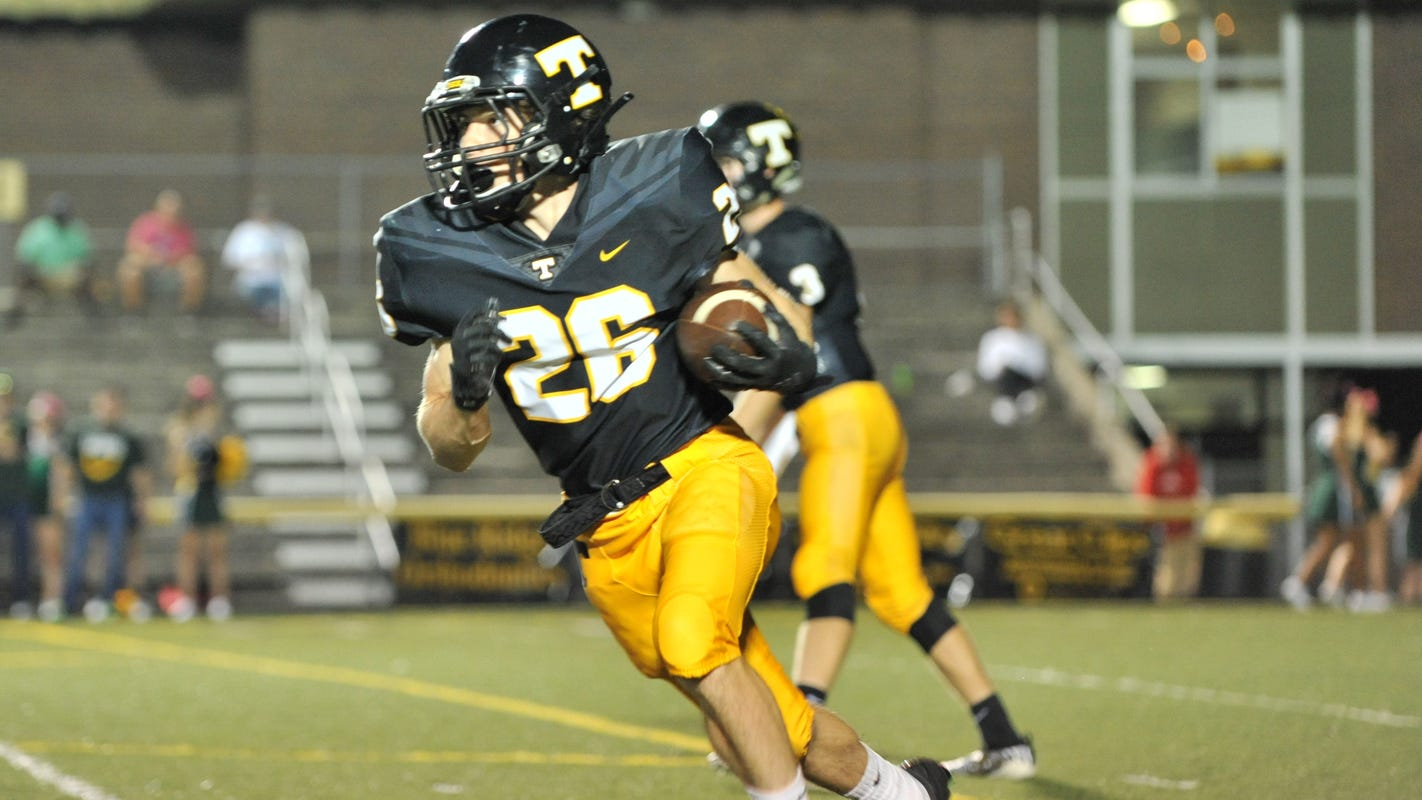 Tuscola holds on for win over Asheville High