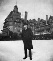 Arthur Murray in front of Battery Park Hotel circa 1915.