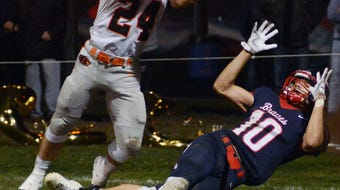 Ridgewood rolled to a 31-9 win against Indian Valley in a battle of Inter-Valley Conference unbeatens.