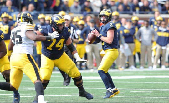 Michigan quarterback Shea Patterson passes against Iowa during the second half of U-M's 10-3 win on Saturday, Oct. 5, 2019, at Michigan Stadium.