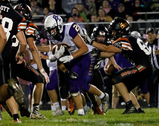 Amanda-Clearcreek and Bloom-Carroll faced off earlier this season with Aces pulling out a win. Both teams are still in the hunt for a share of the Mid-State League-Buckeye Division title and a spot in the playoffs.