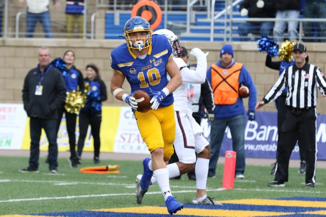 South Dakota State's Jaxon Janke (10) catches a touchdown during the fourth quarter of the Jackrabbits' Hobo Day 28-10 victory over the Salukis Saturday afternoon at Dana J. Dykhouse Stadium in Brookings.