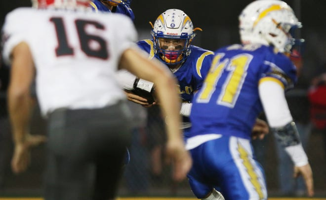 Philo's Casey Munyan looks for running room against Sheridan last season. Munyan will enter his fourth season as the Electrics' starting running back, as the team looks to compete for the MVL Big School Division title.