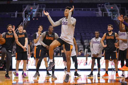 Phoenix Suns Guard Jalen Lecque dances during the Rookie dance off at the Suns Open Practice on Oct. 6, 2019 in Phoenix, Ariz.