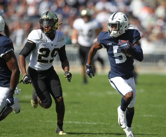 State College, PA - 10/05/2019:  Penn State WR Jahan Dotson outruns the Purdue defender, Simeon Smiley, for a 72-yard touchdown. Penn State defeated Purdue by a score of 35-7 on a homecoming Saturday on October 5, 2019, at Beaver Stadium in University Park, PA.Photos by Joe Rokita / JoeRokita.com