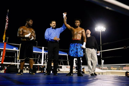 Dwayne Bonds won the first fight of the night against Warren Stewart by unanimous decision at Vado Speedway Park on Oct. 5, 2019.