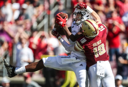 Louisville's Dez Fitzpatrick made this tough catch in the second half against Boston College. Oct. 7, 2019.