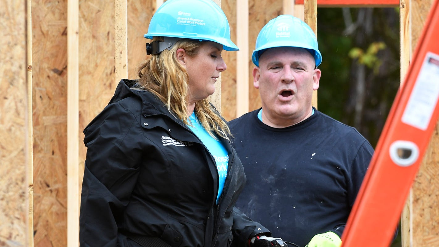 Trisha Yearwood Habitat build advice: 'Don't scream, they'll think you're hurt'