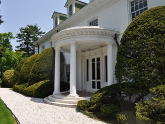 Classic Scarsdale 21-room estate property back on the market