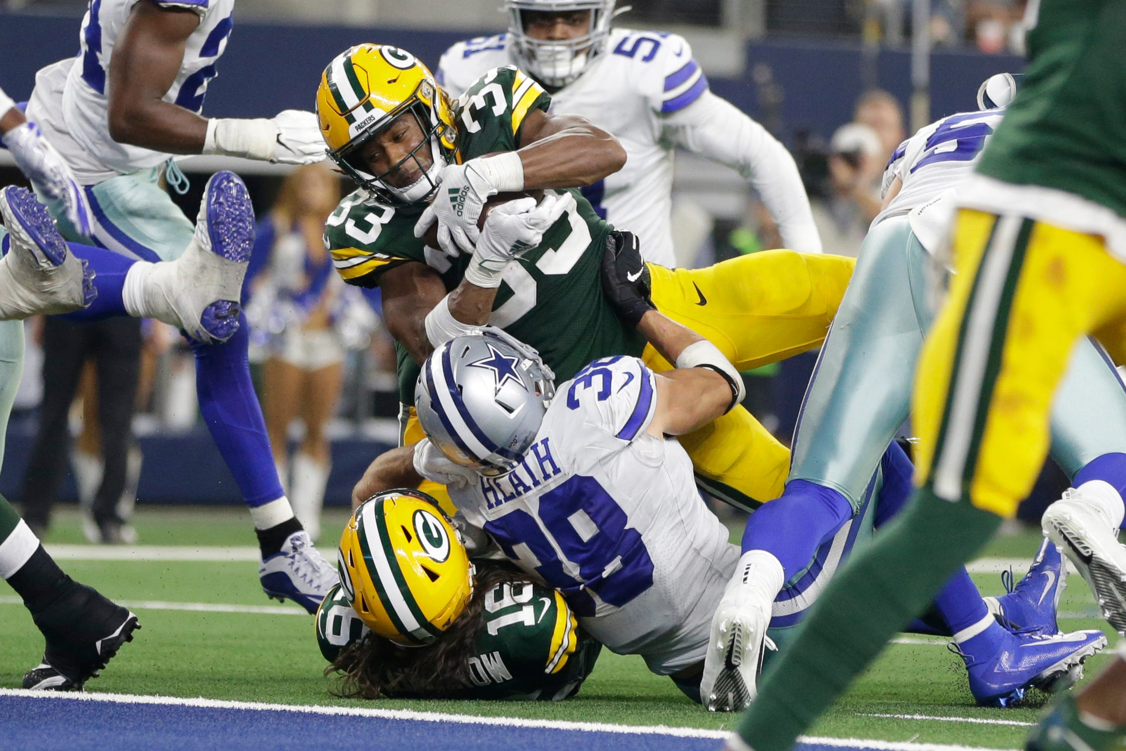 Fantasy football sizzlers, fizzlers: Packers' Aaron Jones has a nose for the end zone