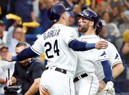 Kevin Kiermaier celebrates his three-run homer in the second with teammate Avisail Garcia.