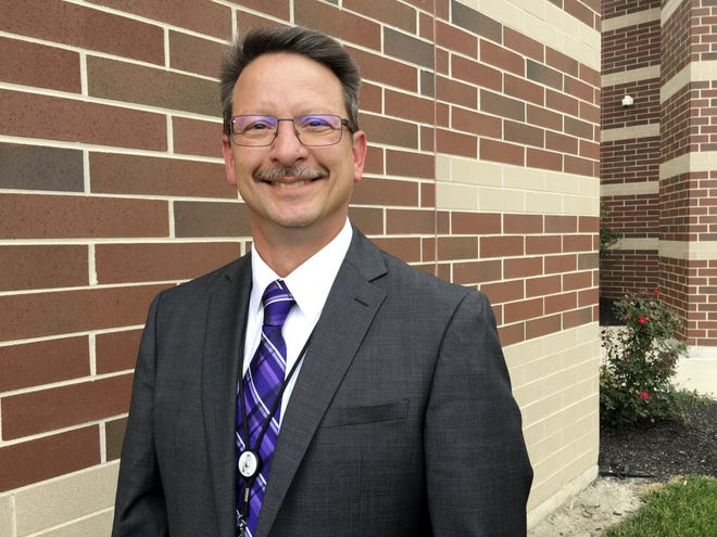 Jon Detwiler, Fremont City Schools superintendent, said Fremont City Schools, in partnership with Bowling Green State University, has created a new College Credit Plus program that allows Fremont Ross students to take college courses on the Fremont Ross campus during school hours.