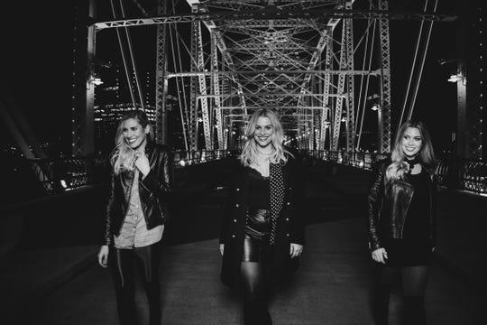 Australian sister trio Dozzi will play Analog Thursday.