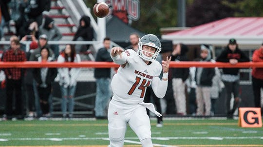 Ty Currie threw for 226 yards and three touchdowns in their 51-14 victory over Simon Fraser