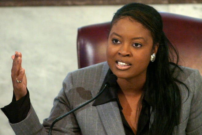 JANUARY 7, 2004: Council member Alicia Reece speaks during a debate over a $100,000 anti-crime initiative Wednesday January 7, 2004 at Cincinnati City Hall.
