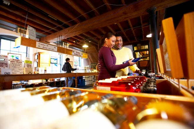 The Cedar Creek Winery offers tours and tastings of local spirits.