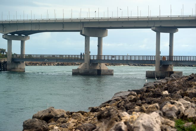 One lane in either direction of the 1964 James H. Pruitt Memorial Bridge at the Sebastian Inlet will be closed next week while the bridge is repaired.