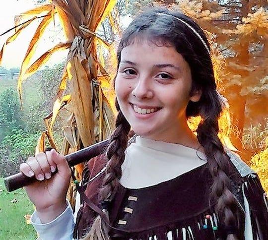 Emillia Flores