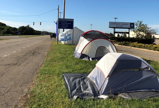 Tents are set up near Lordstown Assembly plant for strikers who picket the overnight shifts.