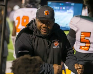 Jermain Crowell's Belleville squad capped its perfect regular season with another KLAA title.