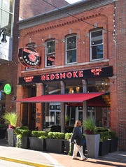 Red Smoke Barbecue in Greektown restaurant review in Detroit, Michigan.