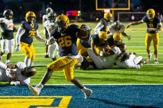 KeyShawn Smith and Dearborn Fordson are host to Livonia Franklin this week.