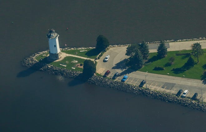 A view from an airplane of the lighthouse on Lake Winnebago Wednesday, October 9, 2019 in Fond du Lac, Wis. Doug Raflik/USA TODAY NETWORK-Wisconsin