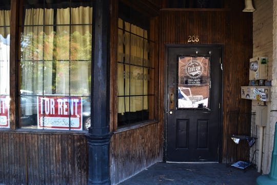 The old Downtown Tavern closed in July and the building owners put up a 'for rent' sign on Oct. 10, 2019 in Jackson, Tenn.