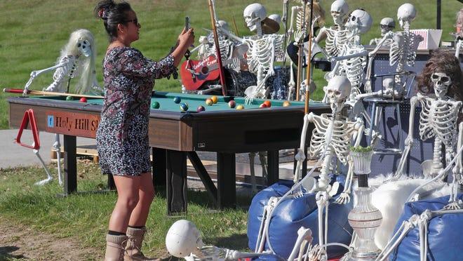 Halloween Milwaukee 2020 Halloween 2020: Pumpkin displays, night mazes and more near Milwaukee