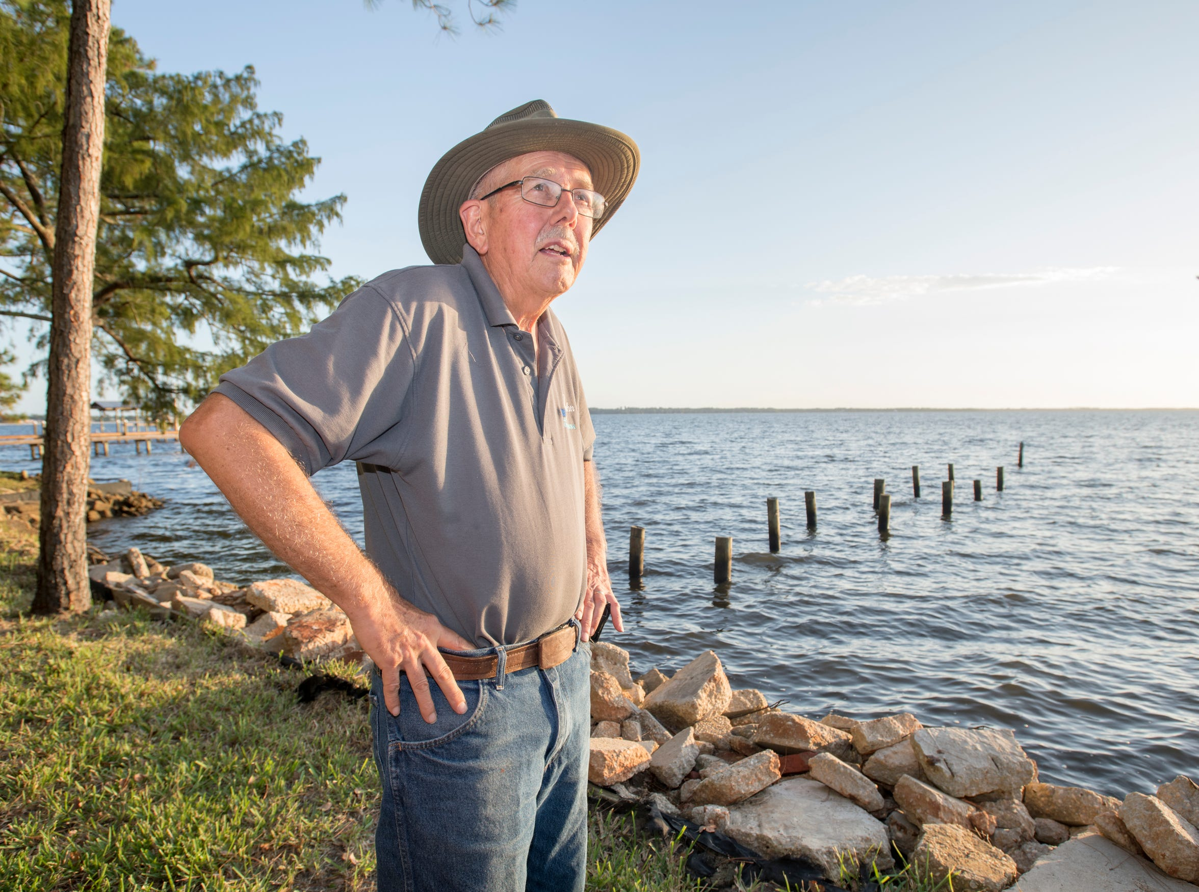 Ramsey Beach community resident John Schleich talks about the water quality of Perdido Bay in Pensacola on Wednesday, Oct. 9, 2019.
