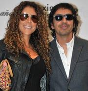 Memo del Bosque está casado con Vica Andrade con quien tiene tres hijos menores.