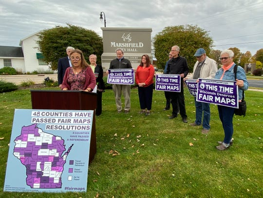 Carlene Bechen of the Oregon Area Progressives speaks during a Thursday morning press conference announcing the Fair Maps For Wisconsin Summit, which will combat gerrymandering.