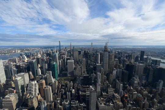 New York pays a lot more to Washington than it gets in return, a new report showed.