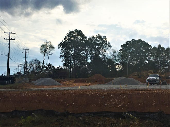 Work is getting started on the Sudden Service convenience store near Exit 8.