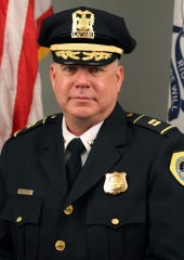 Des Moines police Capt. Paul Stout died of cancer Thursday after a 31-year career with the DMPD.