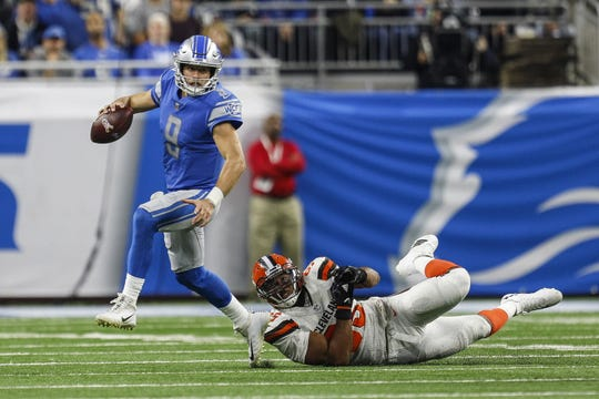 Detroit Lions quarterback  Matthew Stafford looks before making a pass during the second half against the Cleveland Browns at Ford Field Sunday, Nov. 12, 2017 in Detroit. The Lions won, 38-24. (Junfu Han/Detroit Free Press)