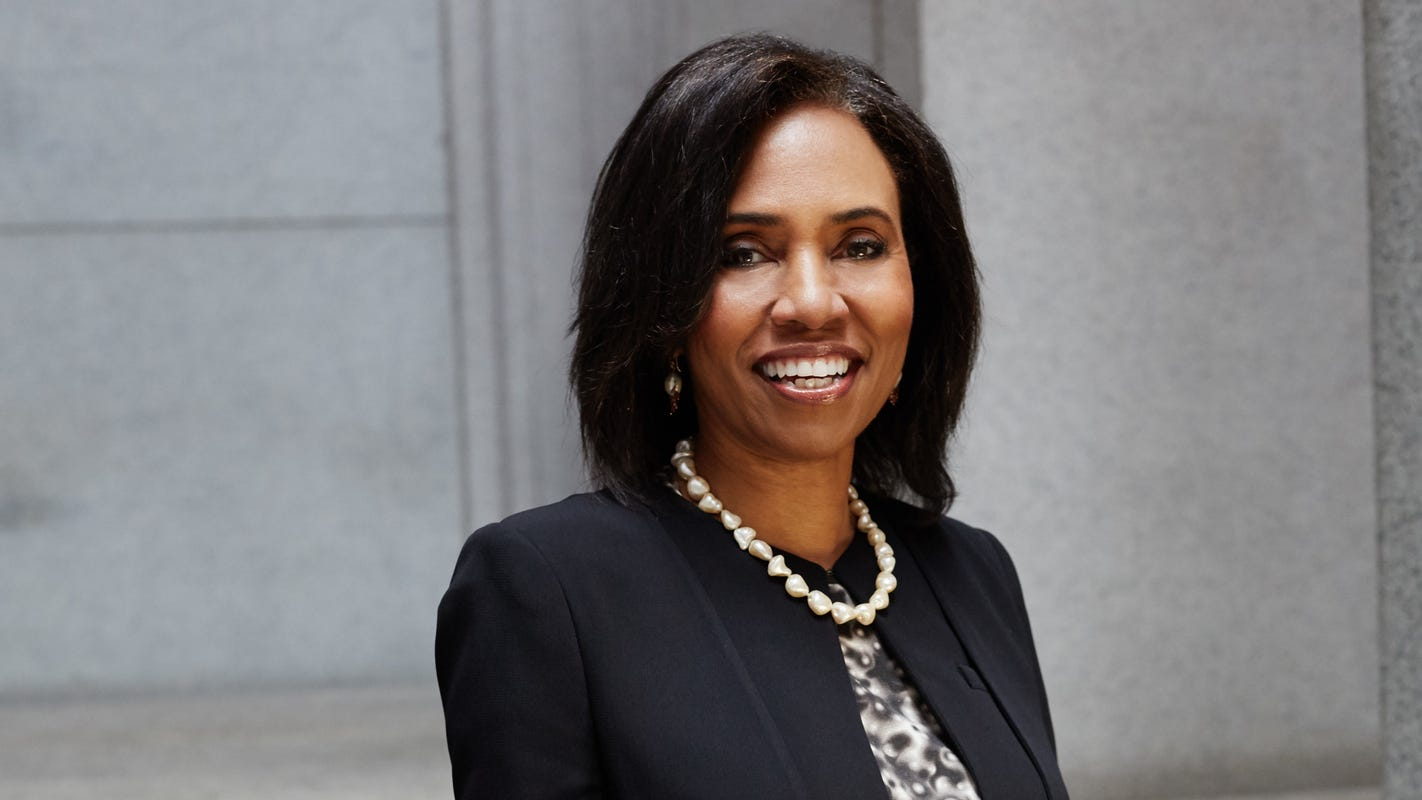 FREEP: Detroit woman a leader in merger creating giant minority-owned investment bank in US