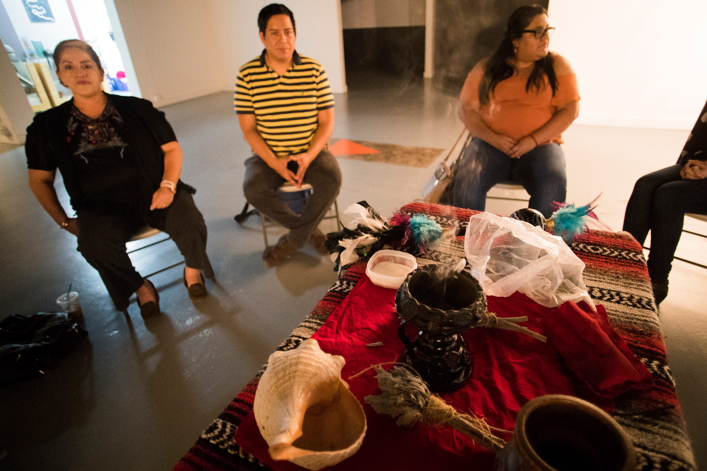 A healing circle brings together latinos to talk about issues that concern the community.