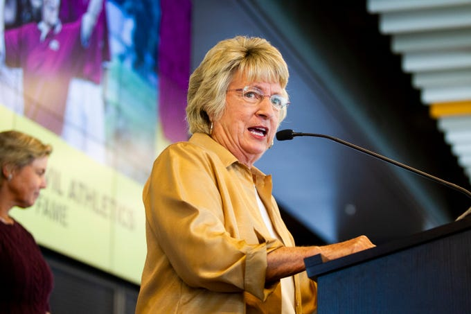 Former ASU women's golf coach and Athletic Hall of Fame team inductee Linda Vollstedt speaks at the ASU Athletic Hall of Fame induction ceremony and luncheon in Tempe on Friday, Oct. 11, 2019.