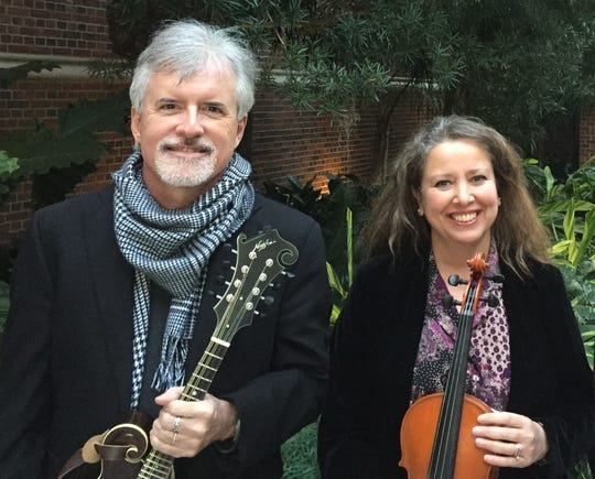 Aisha Ivey and Steve Hodges will entertain at the Crooked River Lighthouse Lantern Festival next week.