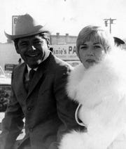 Parade grand marshal Lee Treviño and his wife join the festivities Jan. 1, 1970.