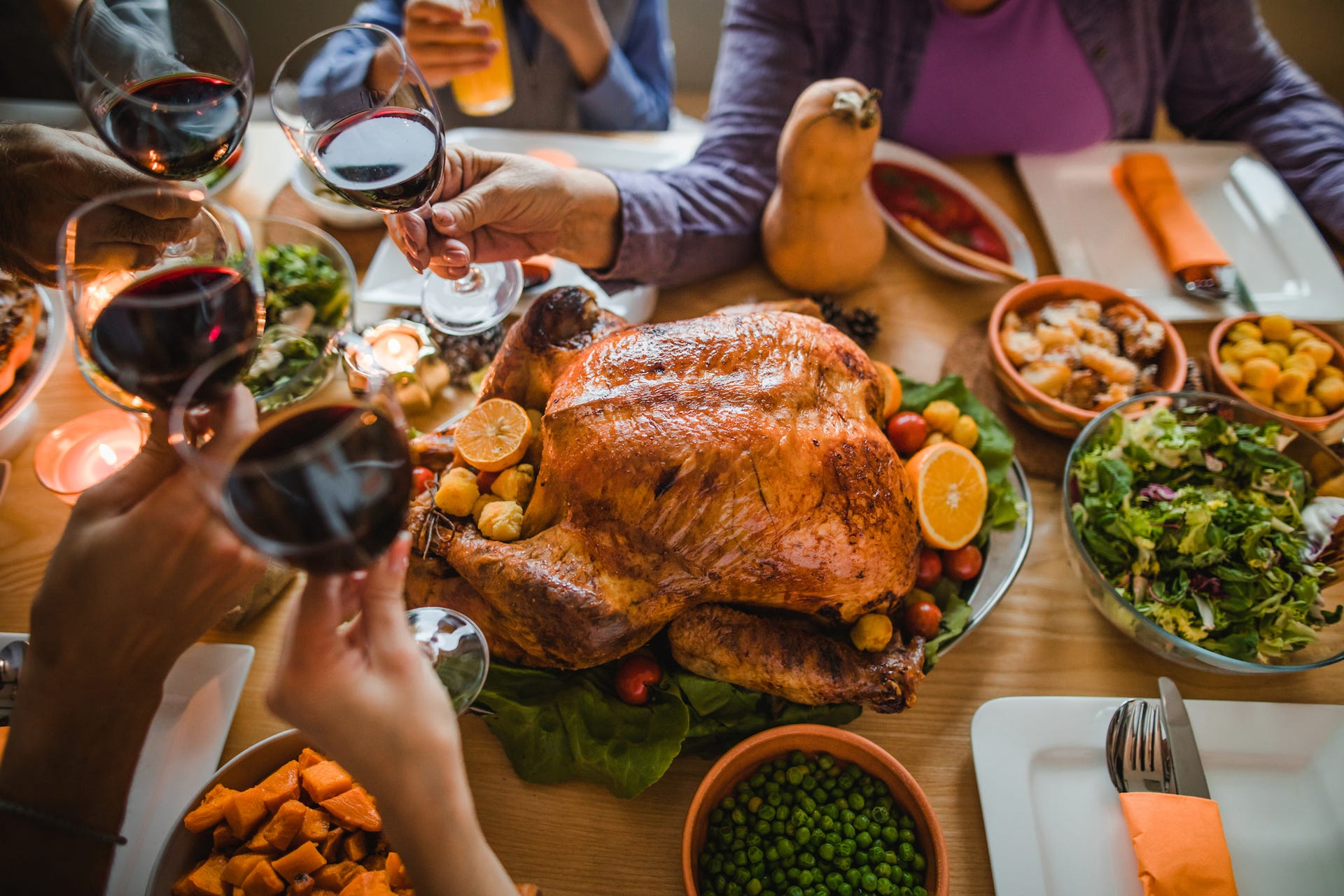 'The virus is attending these events': Experts fear COVID-19 spike from holiday gatherings – even if they're small