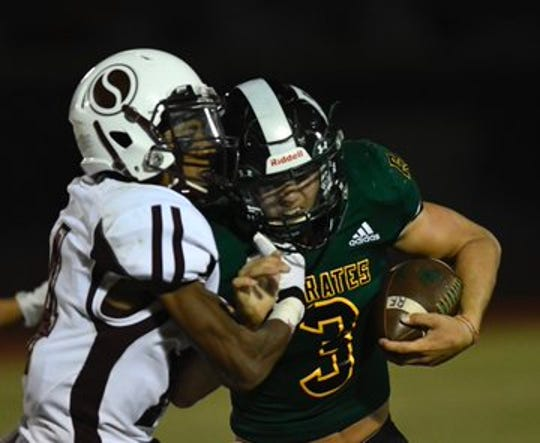 Rockport-Fulton's Garrett Loudermilk rushed for more than 200 yards in the win over Sinton.