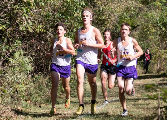 The Unioto boys' team took first place with a total of 15 points and an average time of 16:29.80 at the 2019 Scioto Valley Conference Cross Country Championships.